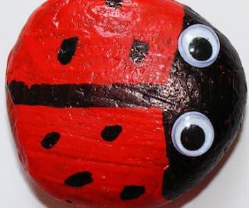 Ladybird Pebble Craft