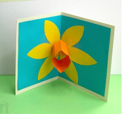 Pop Up Daffodil Card