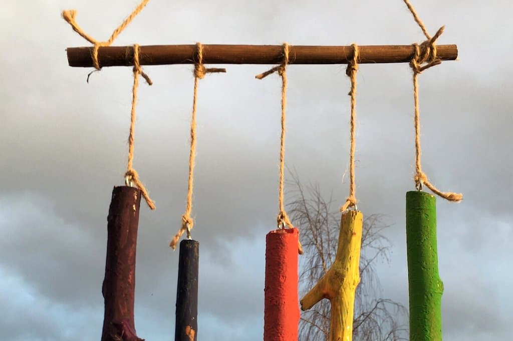 Make Your Own Wind Chimes With Sticks